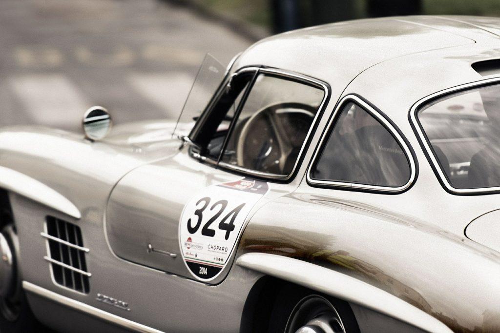 Mercedes-Hintergrund